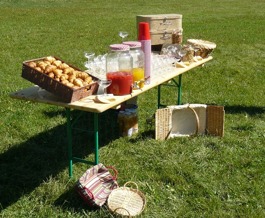 Garden party catering